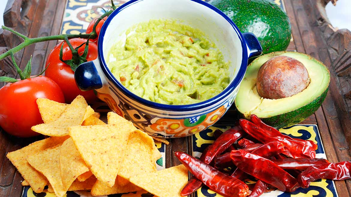 TO-GO GUACAMOLE & CHIPS